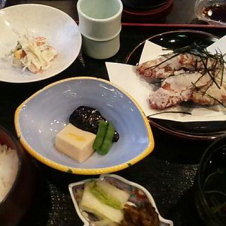 竜田揚げ定食(日本料理 喜千)