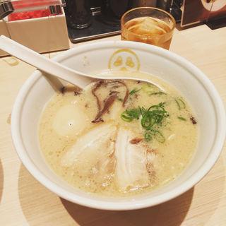 豚骨プレーン+半熟煮卵(TOKYO豚骨BASE MADE by博多一風堂 品川店 )