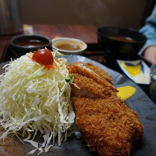 六白豚カツ定食(矢田とん )