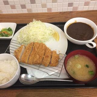ロースかつカレー(ティーダイニング (T.dining))