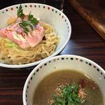 ブラウンマッシュルームのポタージュつけ麺(あじ玉)