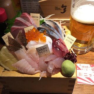 天然地魚五種枡盛(ニューワールド 本店 )
