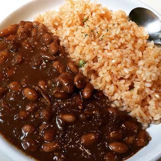 チレコンカルネ-牛肉と豆のスパイス煮込み(メキシコ食堂 エラドゥーラ)