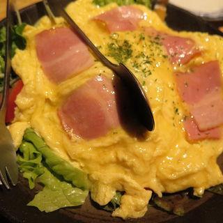 オムレツサラダ(座頭 道安)
