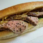 国産牛サーロインのローストビーフサンドイッチ