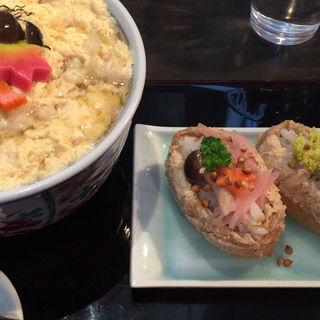 天とじ蕎麦とお稲荷さん(銀杏)