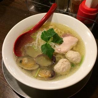 浅利と鶏団子の塩らーめん(金町製麺 )