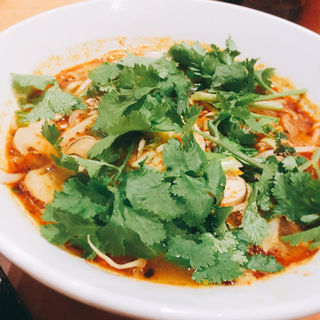 トムヤム麺 (フォー)(イムイェム (イムイエム))