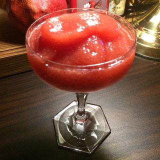 苺のカクテル(テラマチバー カクテルアンドハート (寺町BAR Cocktail&Heart))