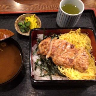 上焼鳥丼(鳥光 須磨本店 (とりみつ))