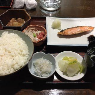 焼き鮭定食(寿司焼き物処 たかはし)
