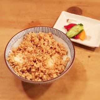 鶏そぼろご飯(信州そば むら田)