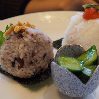 おにぎり朝食セット(Onigily Cafe (オニギリーカフェ))