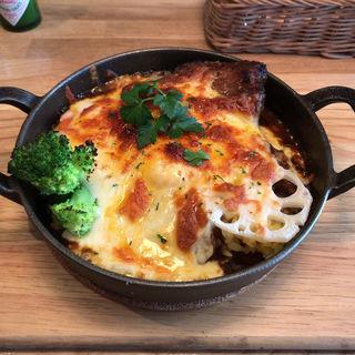 柔らか煮込みビーフのオーブン焼きカレー(ケロッグ アンド カリー (querog and curry))