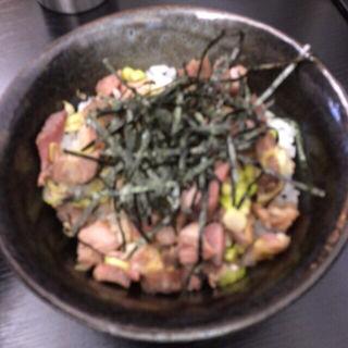 炙りチャーシュー丼(えびす丸)