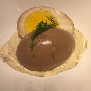 フレンチおでん(ボイルドエッグのコンソメ煮、ハーブ入りスモークサーモンソース)(赤白 新大阪店 (コウハク))