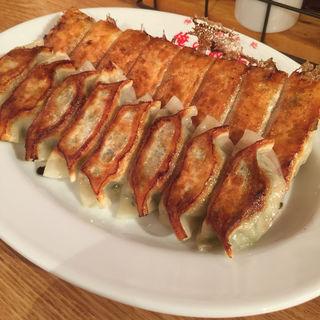 焼き餃子&しそ餃子(俺の餃子 三宮店 )
