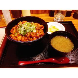 旨辛丼(鶏千 (トリセン))