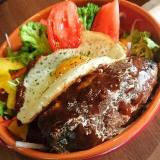 ロコモコ丼(ステーキ・ハンバーグ ひげ 函館店)