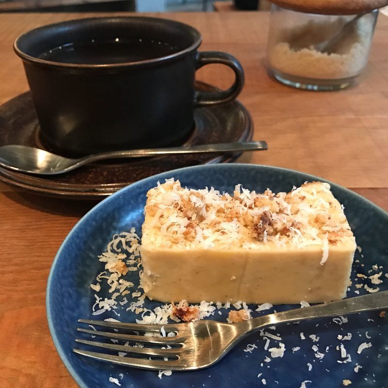 カワタ製菓店のチーズケーキ