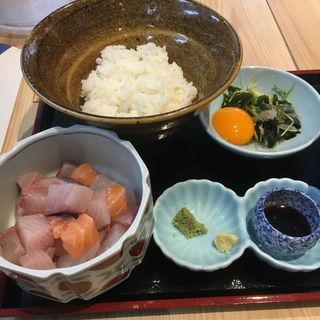 海鮮丼定食(海酒(かいしゅ))