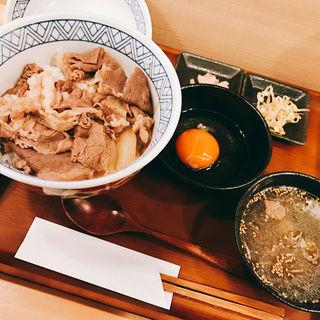 鬼牛丼(立喰い焼肉 治郎丸 池袋西口店)
