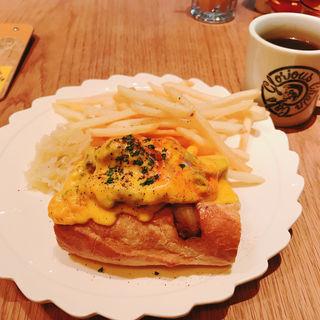 フィリーズステーキサンド(グロリアス チェーン カフェ (glorious chain cafe))