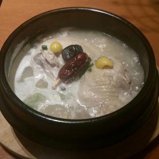 参鶏湯 ハーフ(韓国料理 水刺齋 高島屋タイムズスクエア店 )
