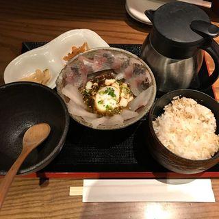 真鯛とアジのぶっかけ茶漬け(茶らく 東京駅キッチンストリート店 (ちゃらく))