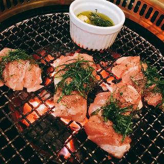 モモ肉の香草焼き(鬼亭 (おにてい))