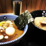 濃厚豚骨魚介 味玉つけ麺(小)
