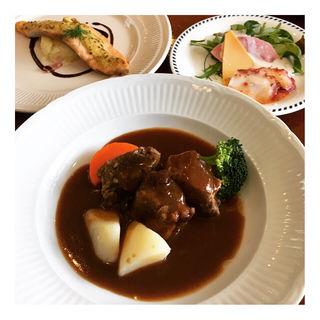 牛肉の一番搾りビール煮込み(丘の上のビアレストラン (オカノウエノビアレストラン))