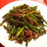 にんにくの芽と牛肉の炒め物