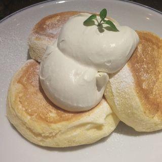 プレーンパンケーキ(ジェイエスパンケーキカフェ 下北沢店 (j.s. pancake cafe))