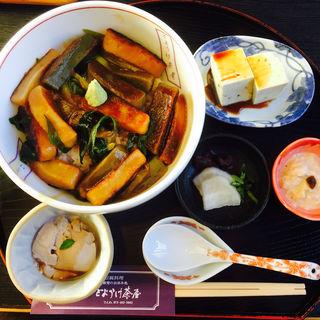 生麩丼(とようけ茶屋)