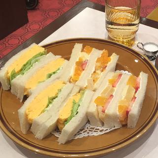 玉子&フルーツサンドイッチ