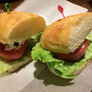 自家製チーズのサンドイッチ(ラ ステラ (LA STELLA))