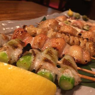 串焼きの盛り合わせ八種盛り(地鶏酒肴庵 ハナタレ)