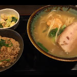 じゅーしーセット(三枚肉そば)