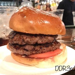 ダブルバーガー(シェイクツリー バーガー&バー (shake tree burger&bar))