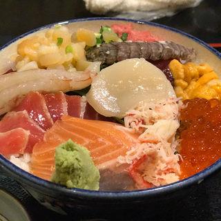おまかせ丼(男鹿半島 東陽町店 (おがはんとう))
