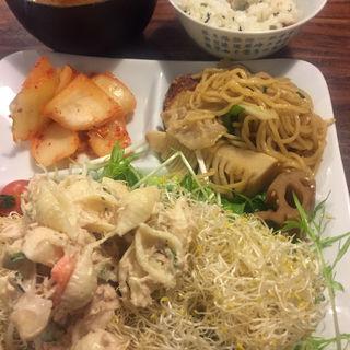 和食ビュッフェ(豚組 しゃぶ庵 (ぶたぐみ しゃぶあん))