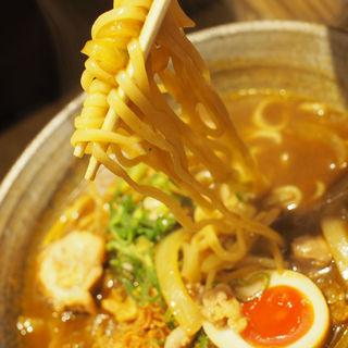 カレーお出汁らーめん(カレーお出汁らーめん 宮麺)