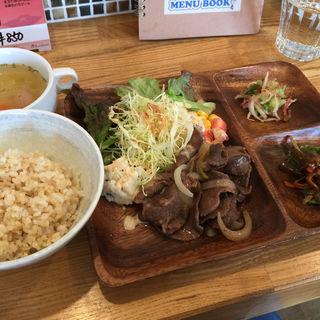 牛タン定食(Spoon )