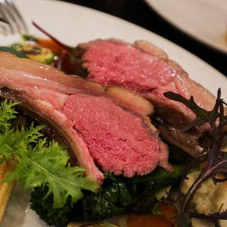 仔羊背肉のロースト(Table Sugamata par Transit  (ターブルスガマタパートランジット))