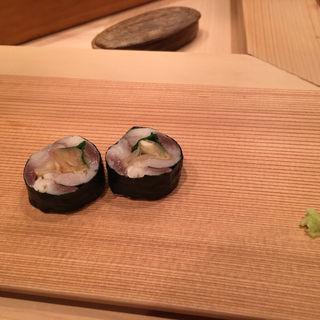 鯵と大葉とガリの巻物(鮨 太一)