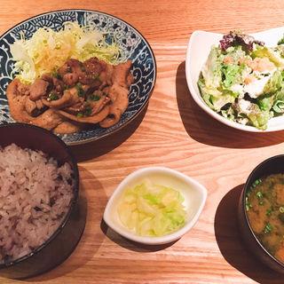 生姜焼き定食(新 -ARATA- (アラタ))