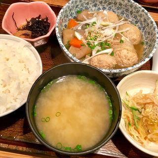 鶏つくねと季節野菜のスープ炊き定食(なかよし )