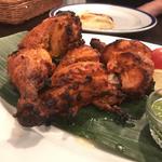 地鶏半羽のタンドリーチキン(ダバインディア (Dhaba India))