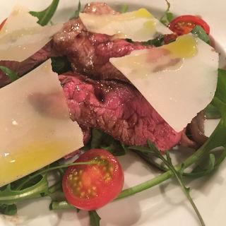 黒毛和牛ランプ肉の炭火焼き(デリツィオーゾ イタリア (DELIZIOSO ITALIA))